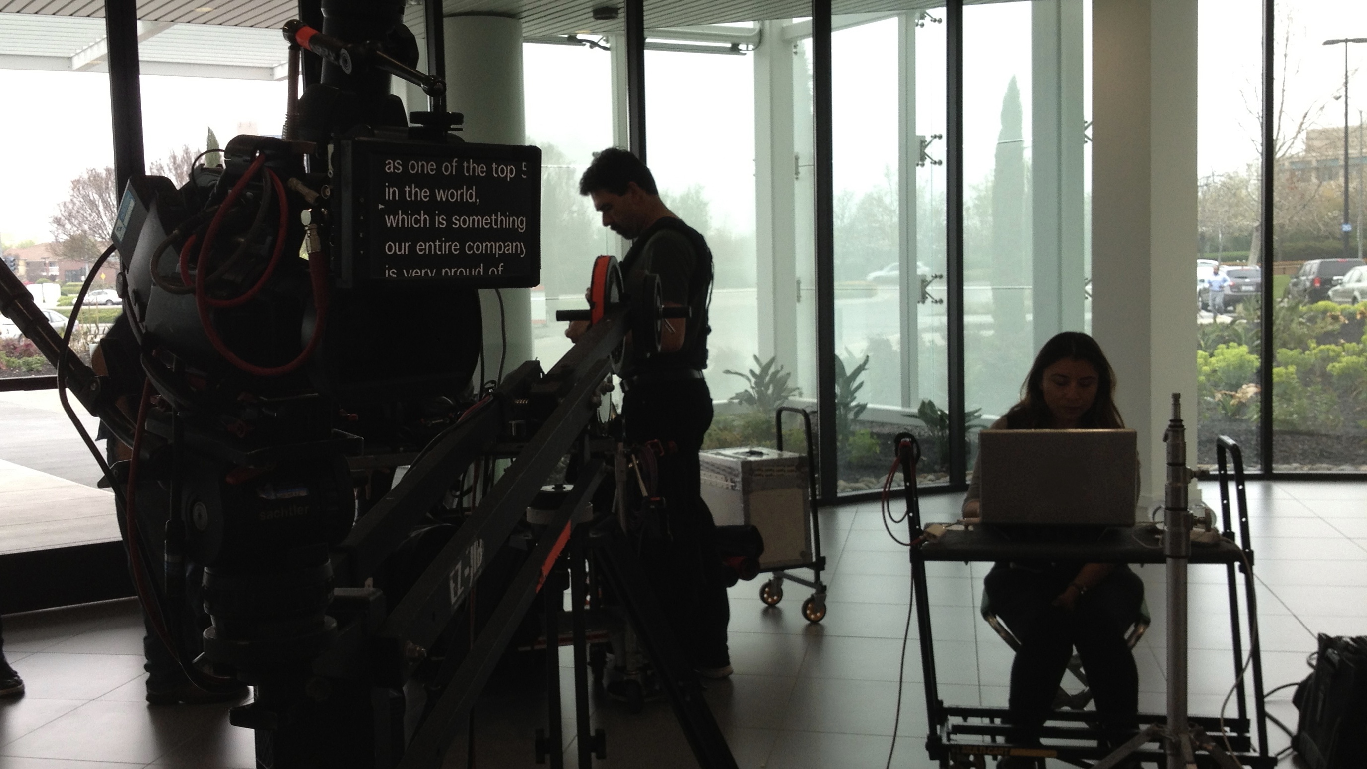 Above Lens Camera Prompter