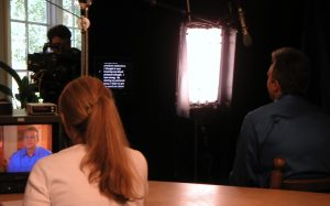 Off-camera interview style Teleprompter