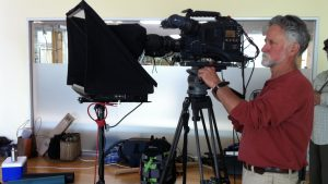 Freestanding prompters from small to large